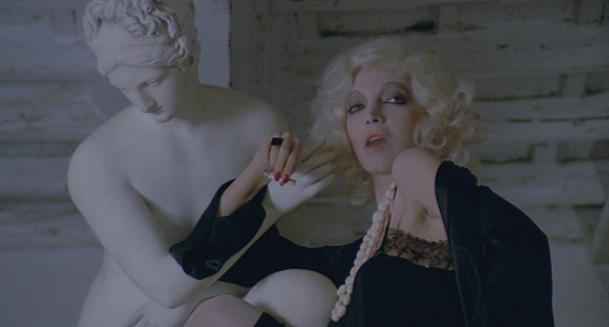 Mariangela Melato as Salomè in LOVE & ANARCHY.