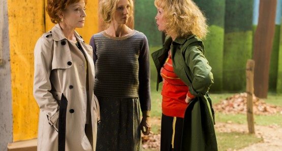 Caroline Sihol as Tamara, Sandrine Kiberlain as Monica, and Sabine Azéma as Kathryn in LIFE OF RILEY, a film by Alain Resnais.